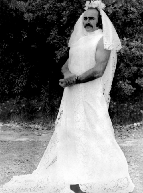 Sean Connery….in a wedding dress – Finding Connery